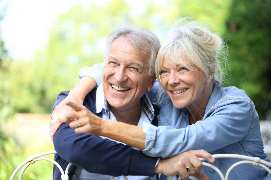 Amina Ambulanter Pflegedienst Bremen leistet ambulante Pflege, häusliche Pflege, Altenpflege, Krankenpflege, Verhinderungspflege, Seniorenbetreuung und Pflegeberatung auf höchstem Niveau.