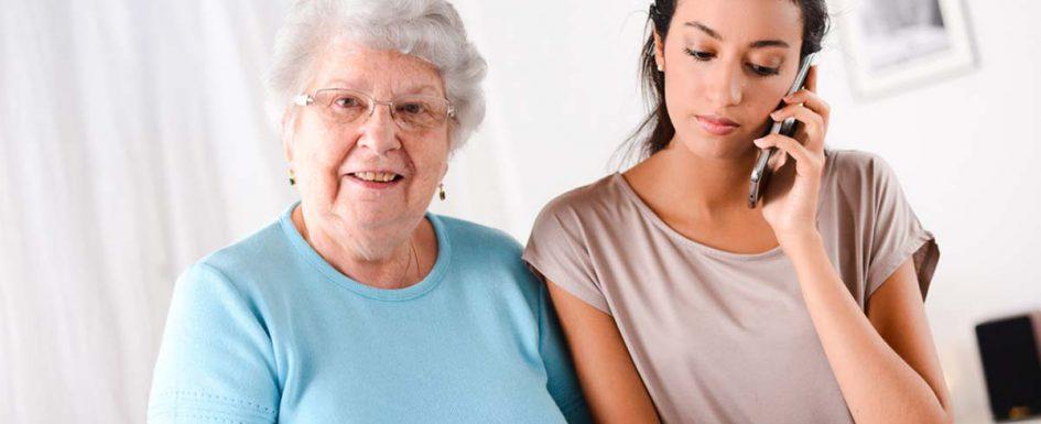 Seniorenbetreuung bietet eine Vielzahl von Unterstützungsmöglichkeiten bei Ihnen zu Hause